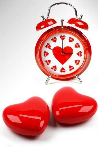 এবার ভালোবাশার ঘড়ি ( Love Clock ) নিন আপনার Android মোবাইলের জন্য। অবশ্যই ভাল লাগবে।