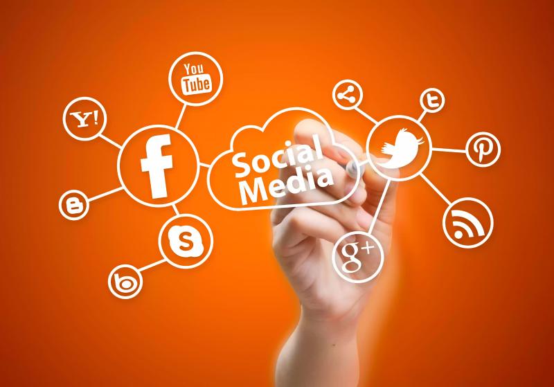 Social Media Marketing শিখুন বাংলা টিউটোরিয়াল।এবং অনলাইনে আয় করুন।