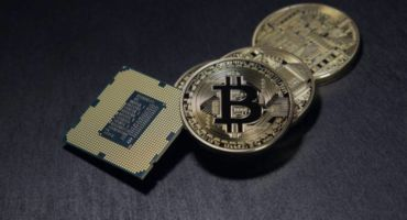 [Bitcoin] বিটকয়েন সম্পর্কে ৫ টি ভুল ধারণাঃ-আপনি জেনে বুঝে কাজ গুলো করছেন না তো!!