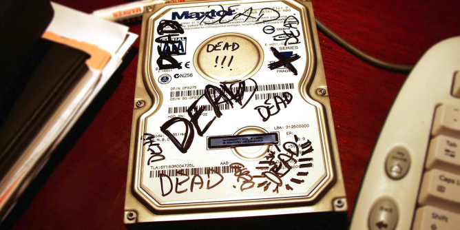 আপনি কি একজন টেক প্রেমী তবে আসুন Hard Disk ছাড়া কি Windows চালানো যায় Experiment করে দেখব সাথে থাকবে ১৯৯ ডলার মূল্যের সফটওয়্যার এবং Windows 7 Alien Edition Iso এর ডাউনলোড লিংক