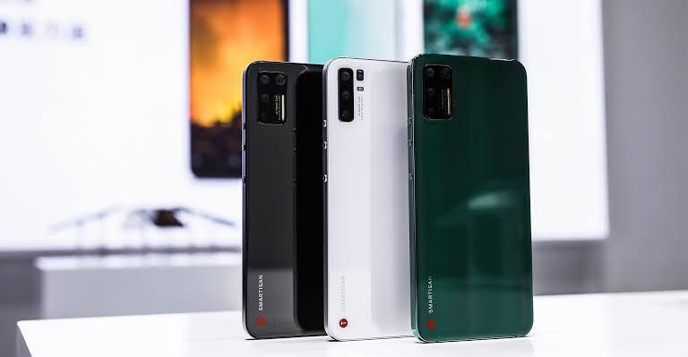 টিকটকের নতুন স্মার্টফোন Nut Pro 3 আইফোনের ছোট ভাই এর থাকছে শর্ট রিভিউ।