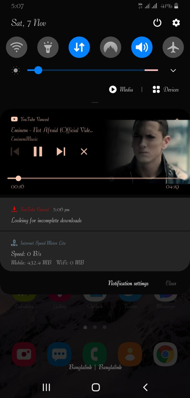 YouTube premium Version Download No ads With pop up play and background play