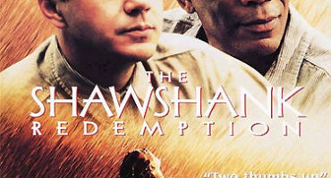 """গত শতকের দারুণ একটা motivational crime মুভি- """"The Shawshank Redemption"""" review (rating 9.3/10 imdb)"""